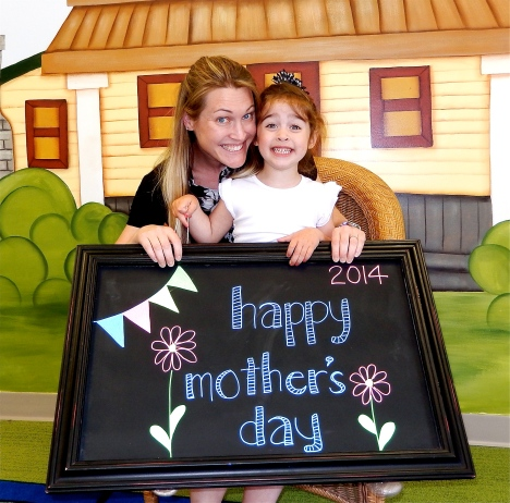 chalk:mom14-10