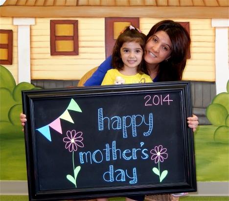 chalk:mom14-1