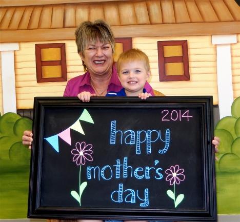 chalk:mom14-12