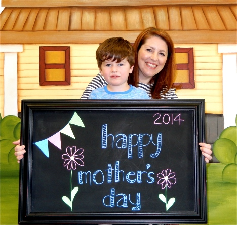 chalk:mom14-3