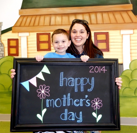 chalk:mom14-8